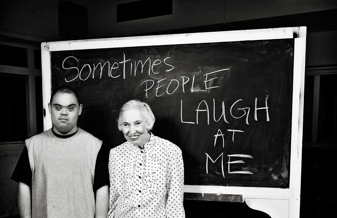 laugh-1080x700